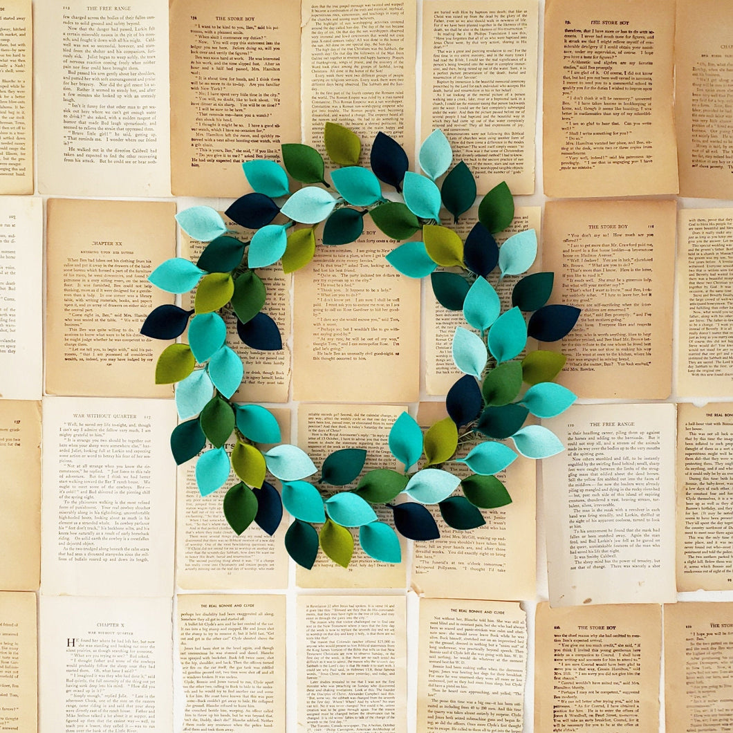 18 Inch Blue and Green Wool Felt Leaf Wreath - Summer Wreath - Beach Wreath - Ocean Wreath - 18