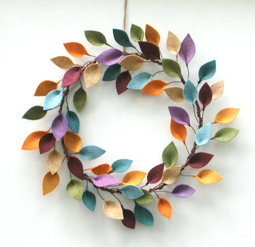 Minimalist Fall Wreath - Autumn Wool Felt Leaf Wreath - 16
