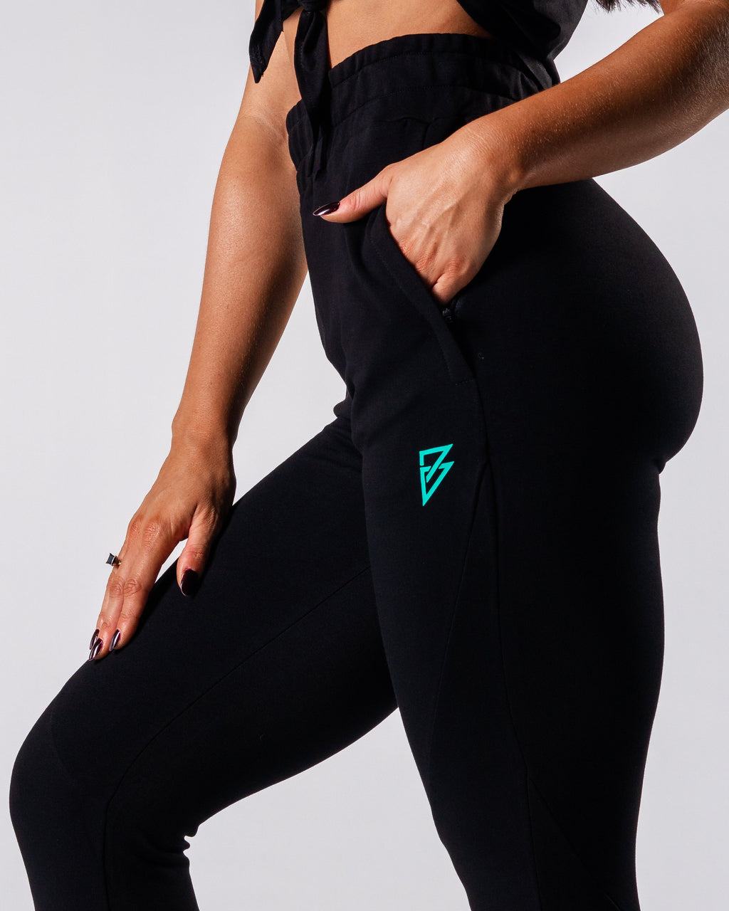 Essential Joggers - Black - FIO Athletics