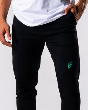 FÍO Tapered Joggers - Black - FIO Athletics
