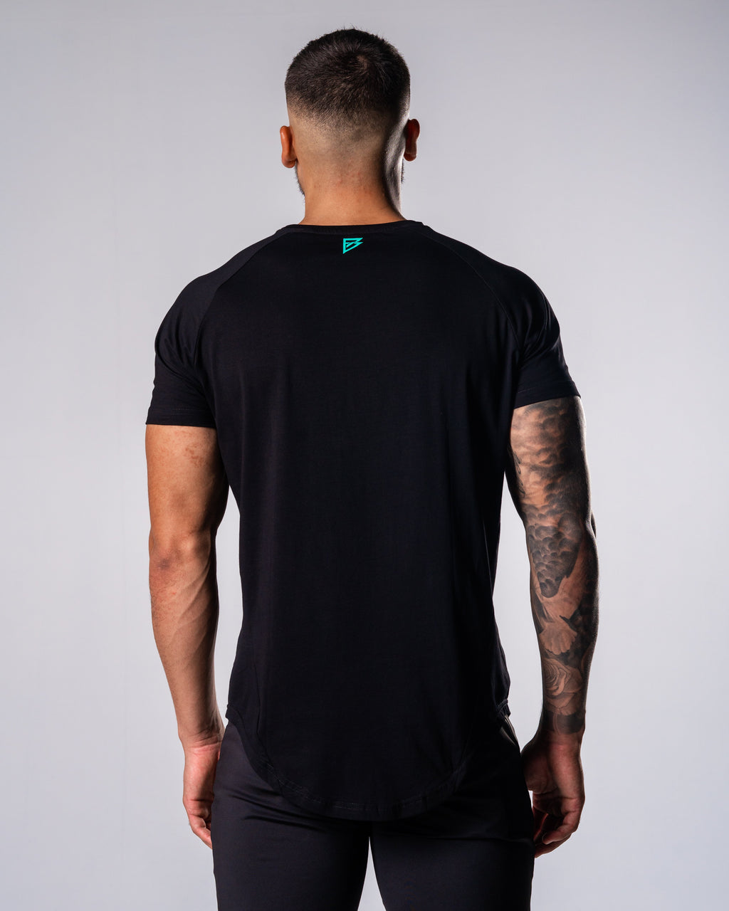 Flagship Performance Tee - Black - FIO Athletics