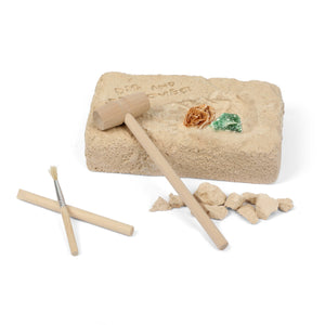 A Rock & Minerals Excavation Kit (STEM Learning)