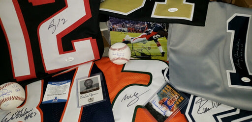 "#1 Seller! ""LUCKY 7"" The Holiday Mystery Autograph Super Box - 7 Amazing Autographs in Each Box! L@@K For Autographed Jerseys, Balls, and More!"