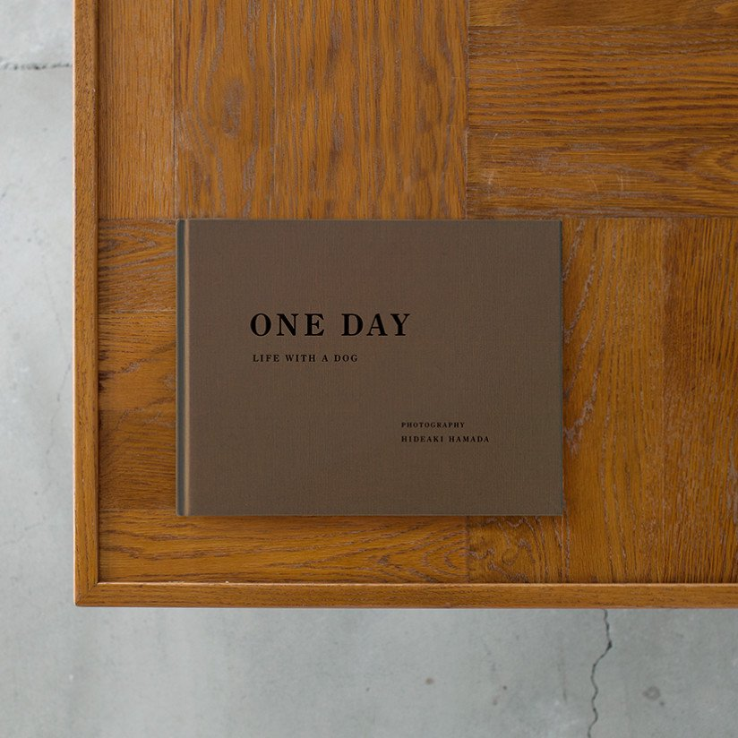 ONE DAY - LIFE WITH A DOG Commemorative Photo Book