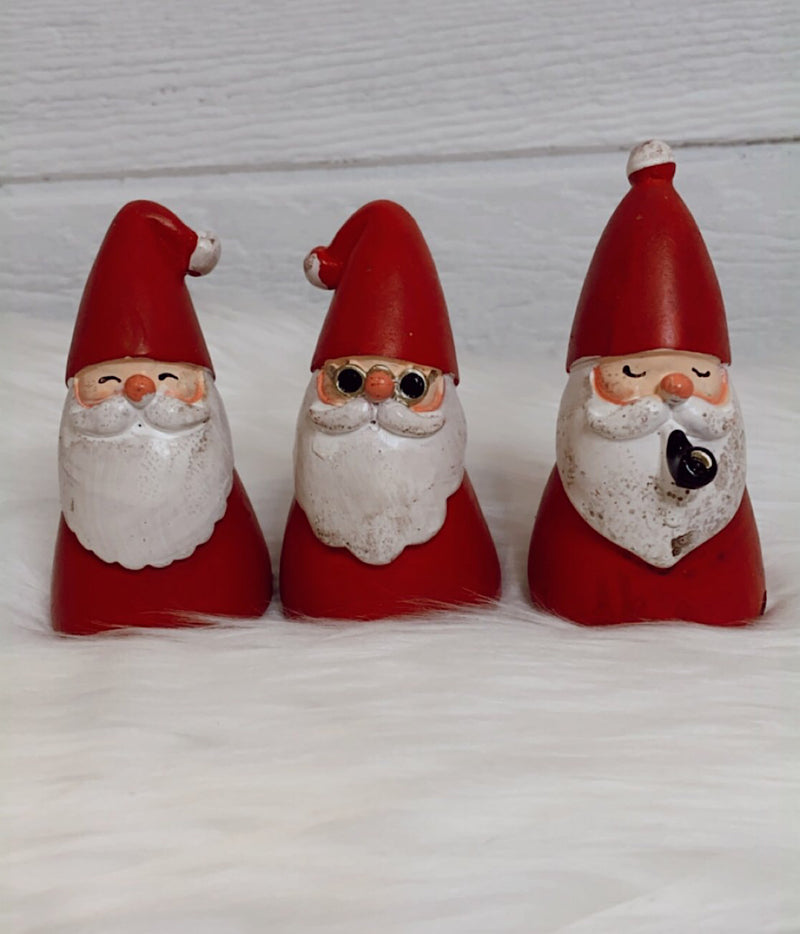 Santa Figurine Set