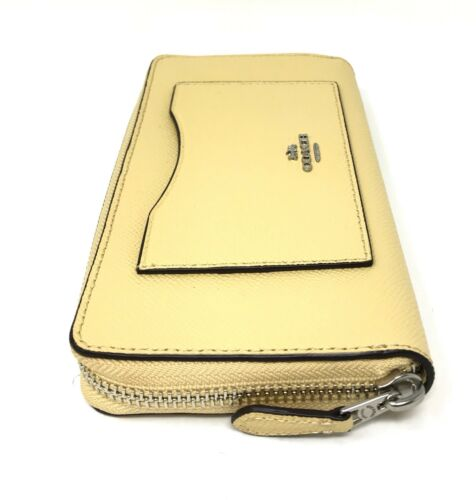Coach F54007 Women's Accordion Zip Wallet In Crossgrain Vanilla Leather $250