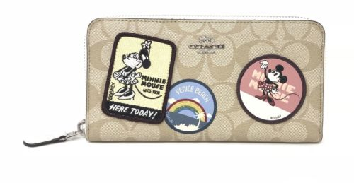 Coach X Disney Minnie Mouse Patches Signature Logo Accordion Zip Wallet F31350 $399.99