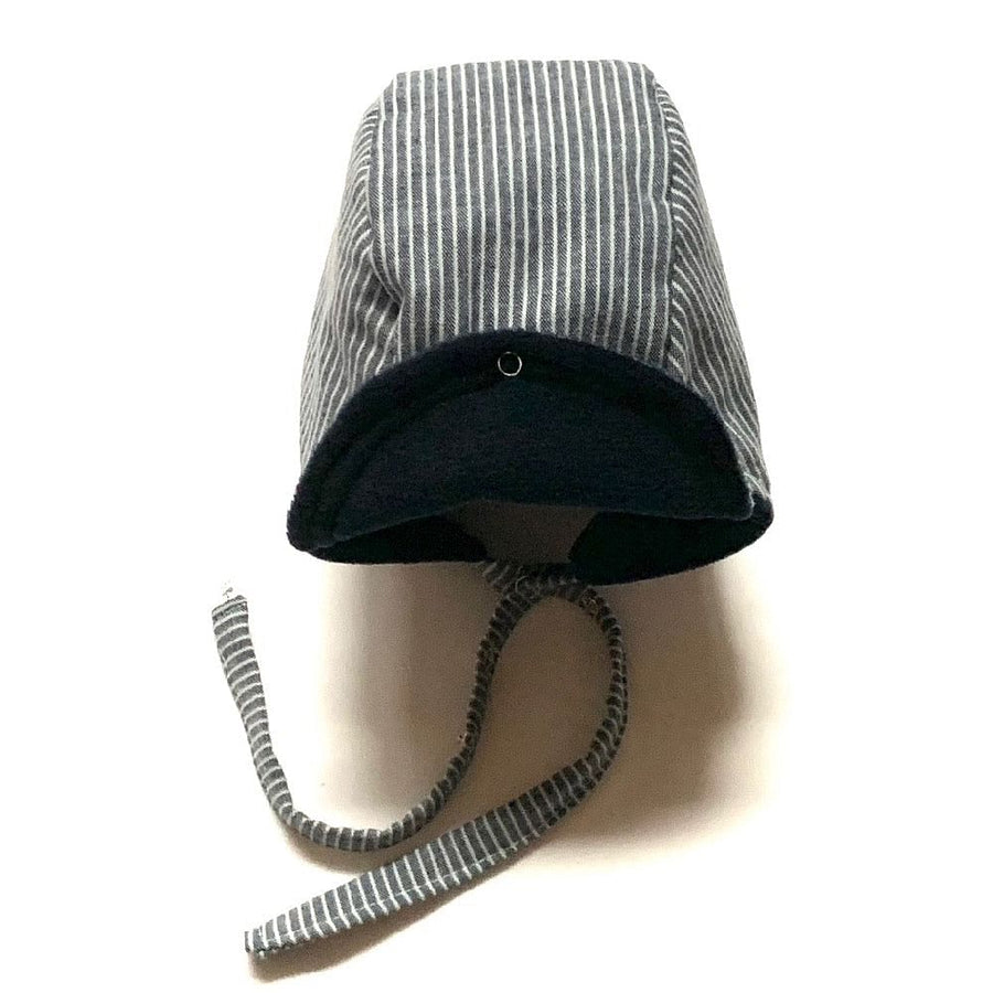 pilot bonnet in Night Stripes Winter