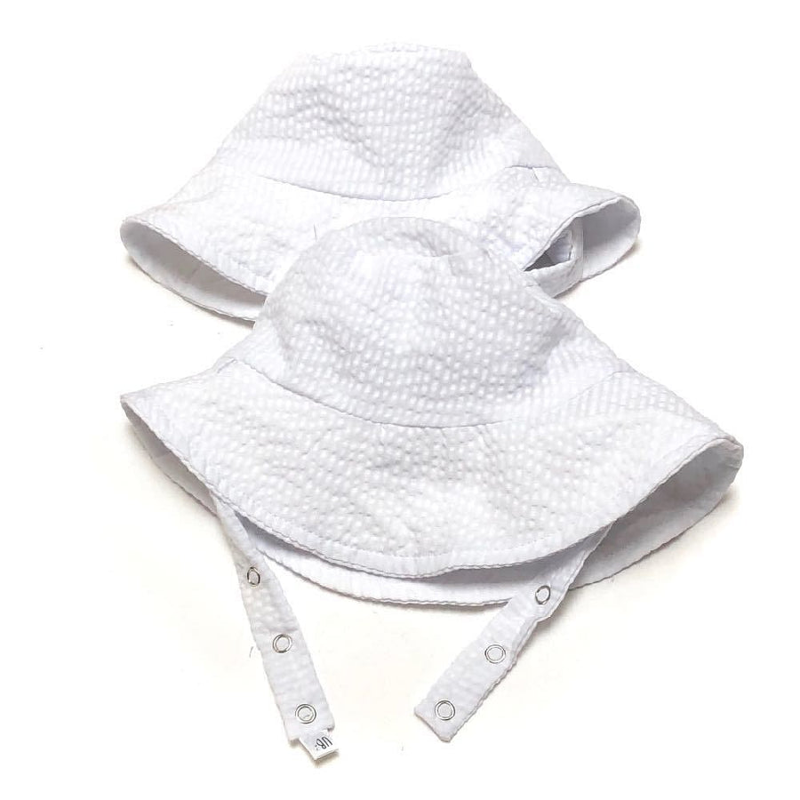bucket hat in Cape Cod Seersucker white - bebabyco