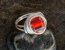Load image into Gallery viewer, Entwined Glass Bead Ring