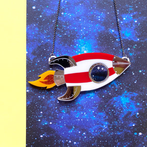 Rocket necklace - Annie's Fingers
