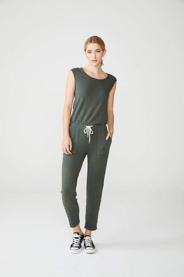 Monrow - Supersoft Jumpsuit W/ Patch Pockets - Evergreen