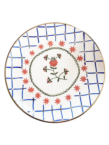 Ceramic plate with the flower