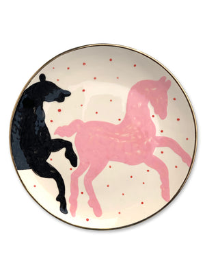 Ceramic plate with the image of the horses