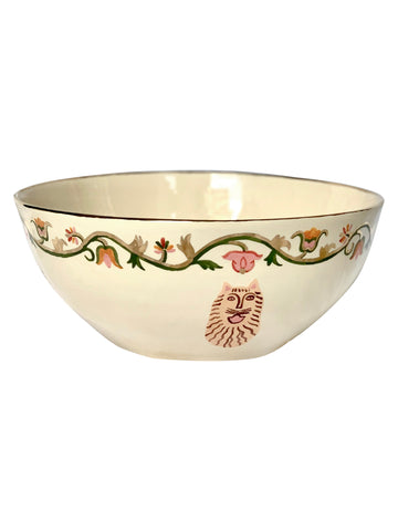 Ceramic salad dish with flowers and lion