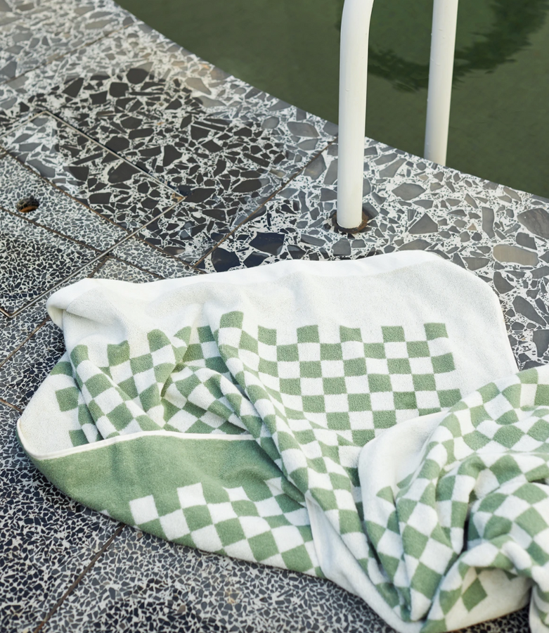 roman pool towel | sage