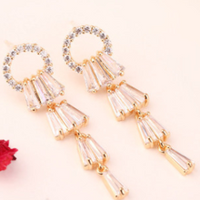 Load image into Gallery viewer, Vienna Earrings