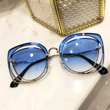 Load image into Gallery viewer, Carlita Sunglasses