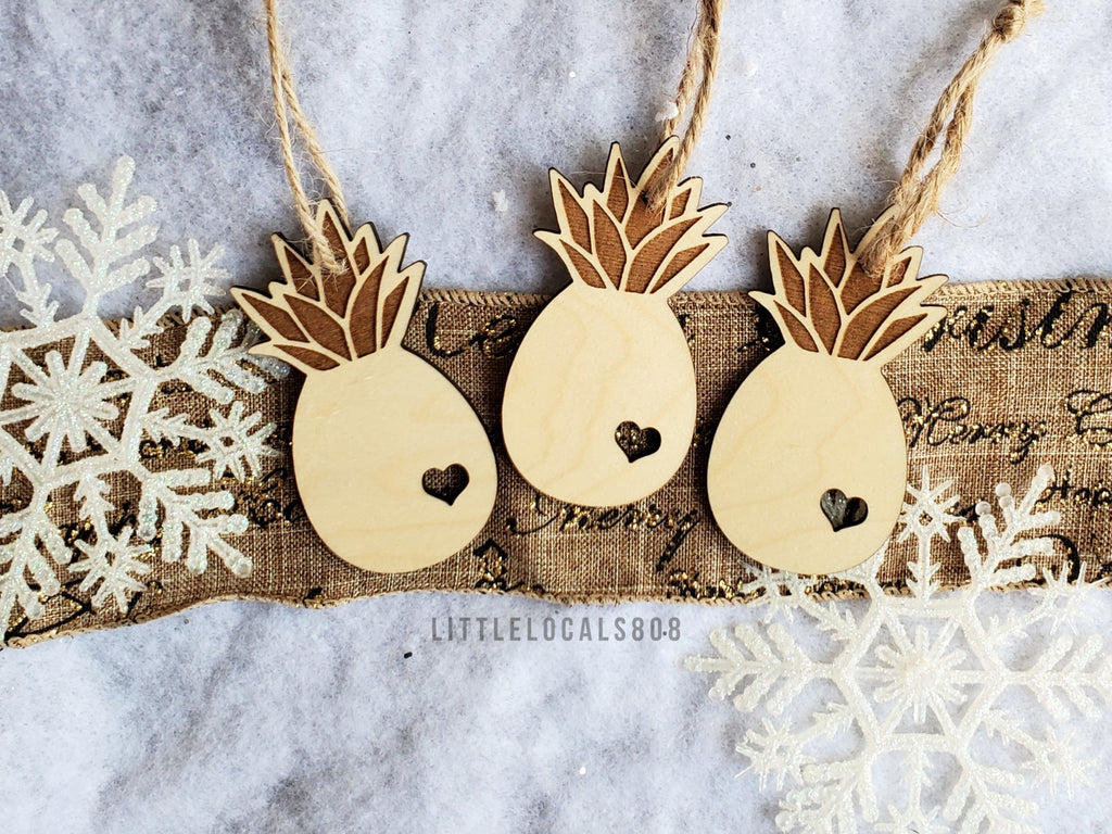 Ornaments / Wooden Pineapple