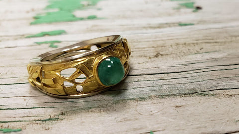 Emerald platinum and gold cabochon Ring