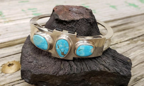 Silver and turquoise cuff bracelet with jet inlay