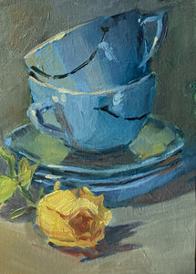 Small Stilllife Painting - Smiley Cups and a Rose