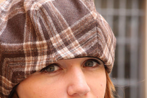 Brown tartan slouchy french beret.