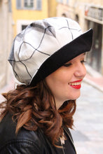 Load image into Gallery viewer, White tartan newsboy hat.
