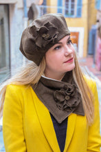 Load image into Gallery viewer, Winter hat scarf set, french beret and scarf set,