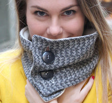 Load image into Gallery viewer, Plaid scarf, tweed scarf, tartan scarf, plaid cowl, women scarf, winter scarf, fashion scarf, trendy scarf, wool scarf, plaid neckwarmer