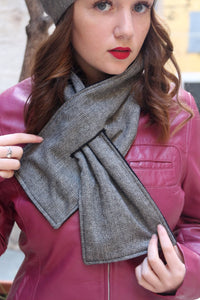 Trendy scarf, Warm winter scarf