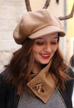 Load image into Gallery viewer, Beige newsboy hat,