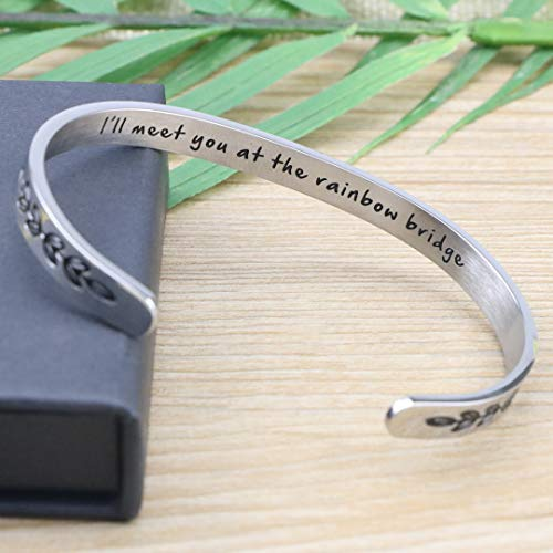 Memorial Bracelet in Memory of a Loss of a Pet - I'll meet you at the rainbow bridge
