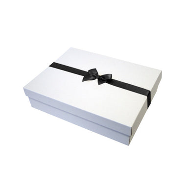 Black Pre tied Bow Size 2 to fit A5 Gift boxes