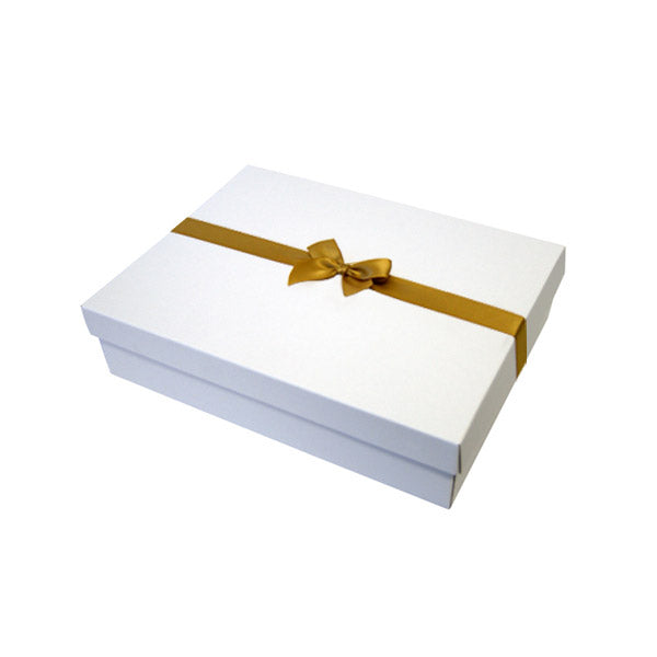 Gold Pre tied Bow Size 2 to fit A5 Gift boxes