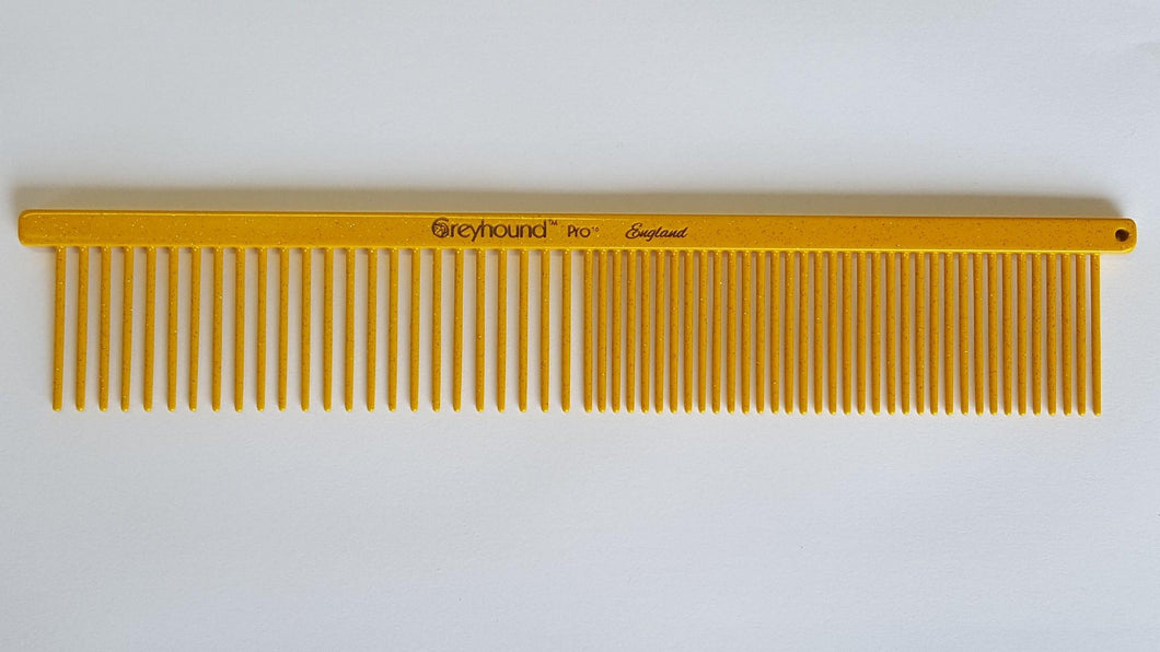 Ashley Craig GREYHOUND Combs 7.5