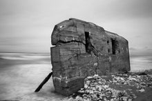 Afbeelding in Gallery-weergave laden, Atlantic Wall - Stephan Vanfleteren