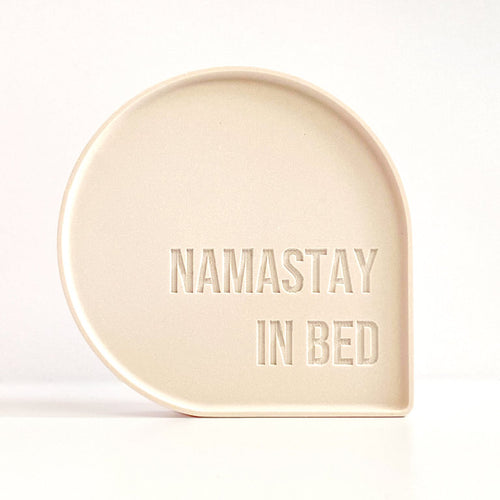 Goegezegd - Bubble Quote - Namastay in bed