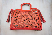 Load image into Gallery viewer, Señorita Tote in Red