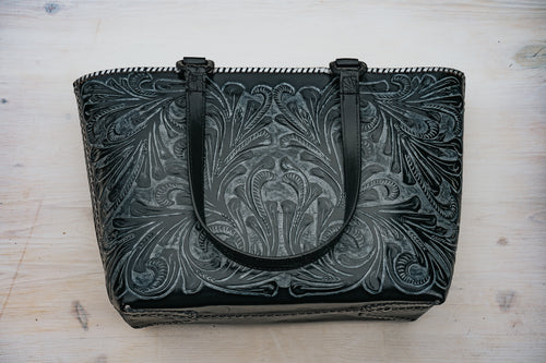 La Flor Tote in Black