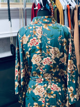 Load image into Gallery viewer, Jhene Floral Kimono