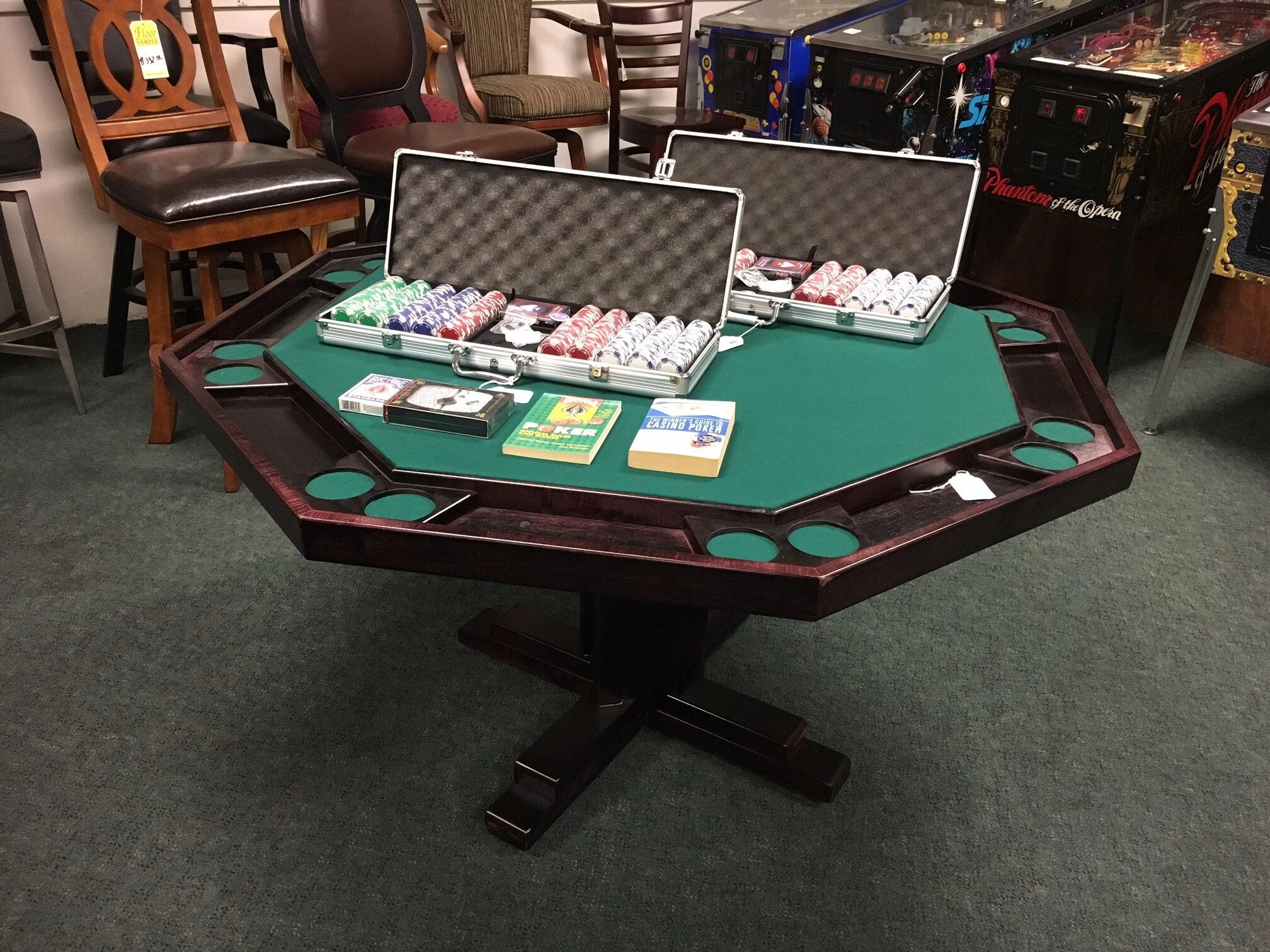 Wisco Pedestal Poker Table - Blatt Billiards