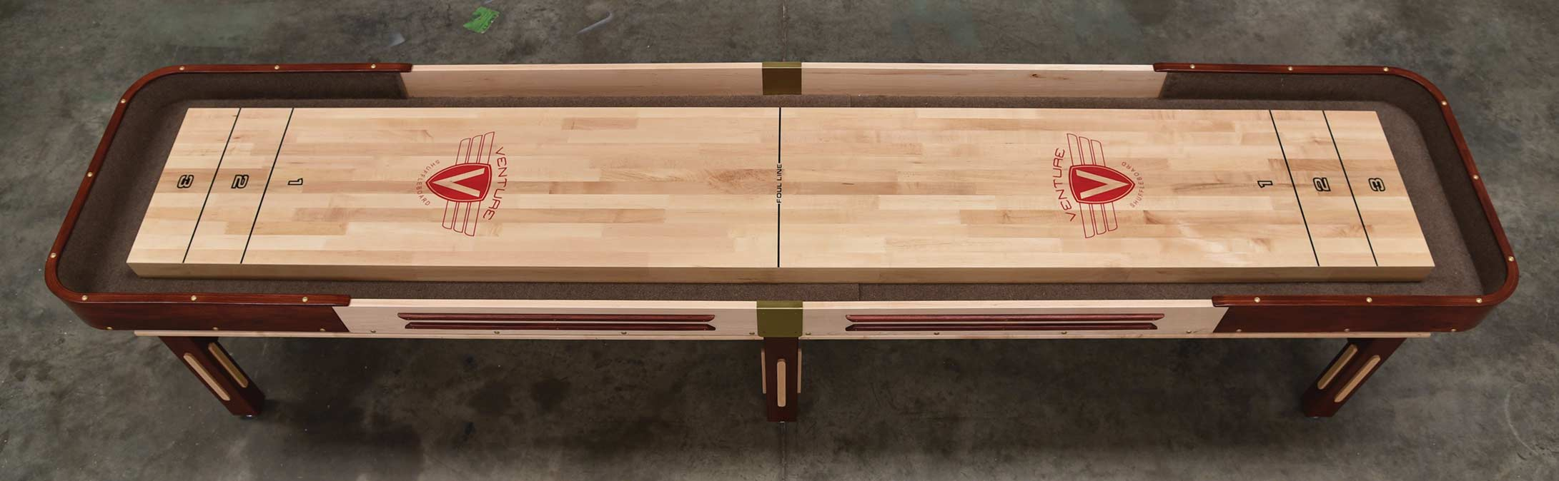 Grand Shuffleboard - Blatt Billiards