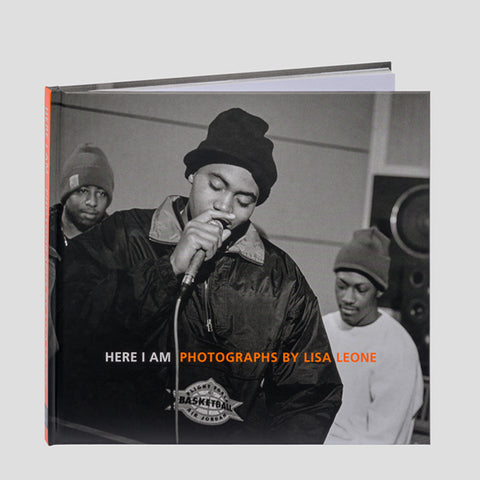 HERE I AM — PHOTOGRAPHS BY LISA LEONE
