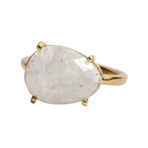 Gaia Ring in Moonstone