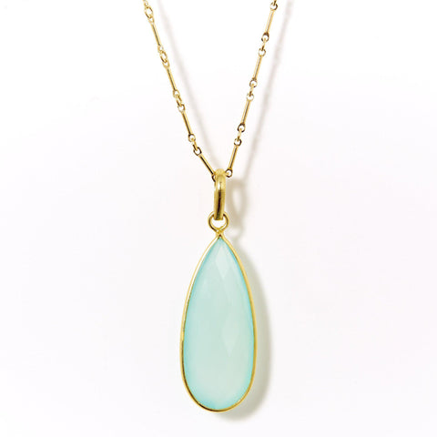 Claire Necklace in Chalcedony