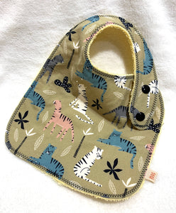 Wild Cats Bib + Burp Cloth | Gift Set