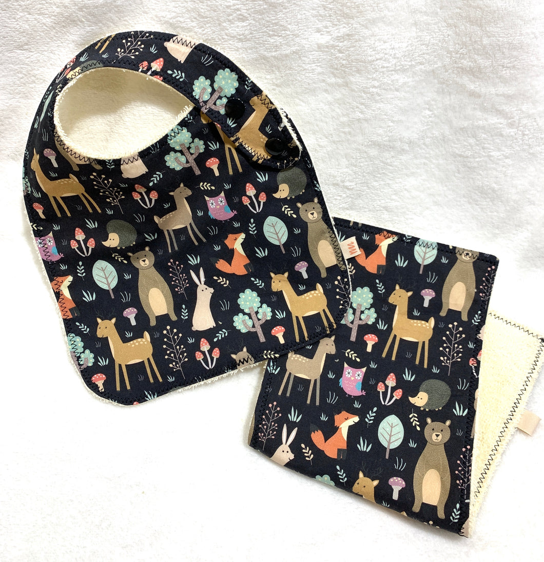 Woodland Animals Bib + Burp Cloth | Gift Set