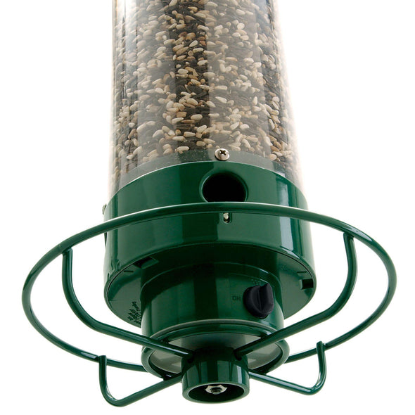 bottom of Droll Yankees Yankee Flipper Squirrel-Proof Bird Feeder