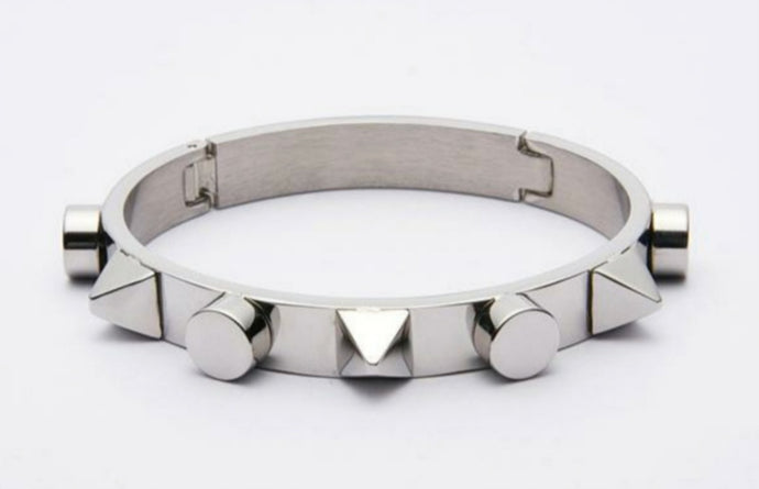 Spike Cuff Bracelet - Women's fashion jewellery - YOURSTYLISH